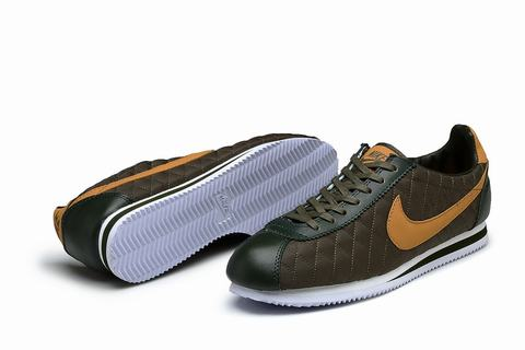 new product db3a8 8f312 ... blanc nike chaussures femme rouge nike huarache montante  nike classic  cortez bleu pas cherchaussure nike cortez femme rosechaussure nike cortez  ...